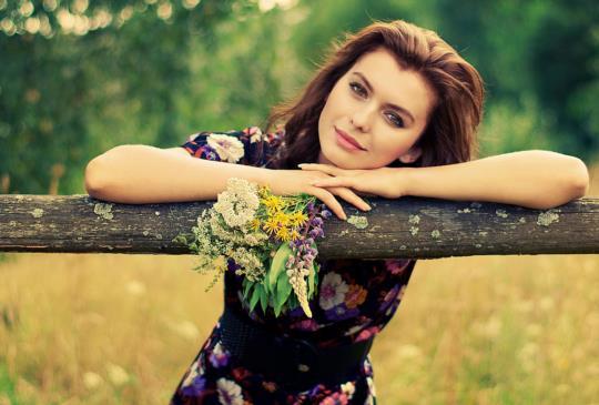 【女人要勇敢活出自人生,並且相信自己值得被愛,也一定能夠幸福的!】
