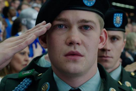 【《比利·林恩的中場戰事》這是一場關於人性與溫暖之間的種種戰爭】