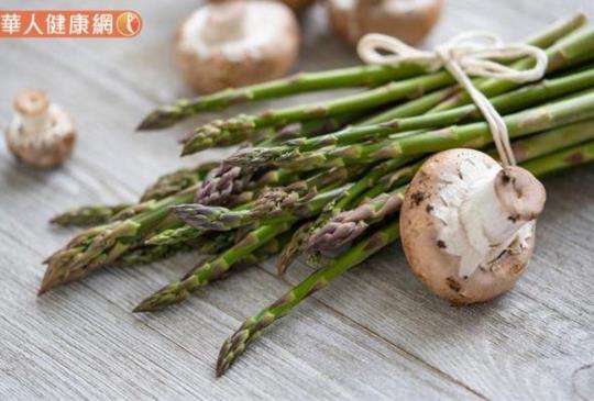 吃蘑菇能防攝護腺癌?日研究每週3次最好,這樣料理營養好處多