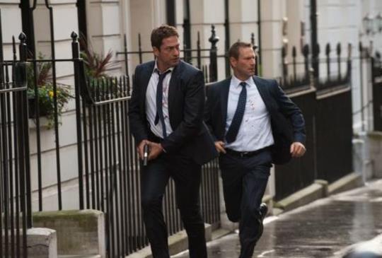 【傑哈巴特勒身兼《全面攻佔2:倫敦救援》製片  為求逼真危險動作親自上陣 險遭毀容?】