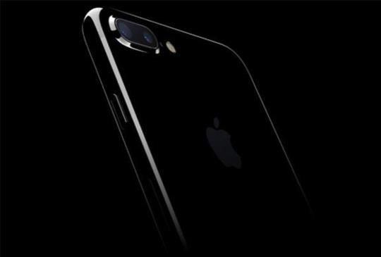 2017 年焦點手機先看 iPhone8、Galaxy S8、微軟 Surface、Nokia P1