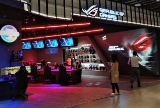 ROG Store 台北旗艦體驗店開幕,同步發表新款電競筆電、桌機及螢幕