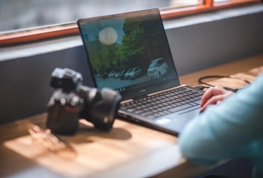 【ASUS ZenBook Pro 14】最適合攝影師的美力筆電
