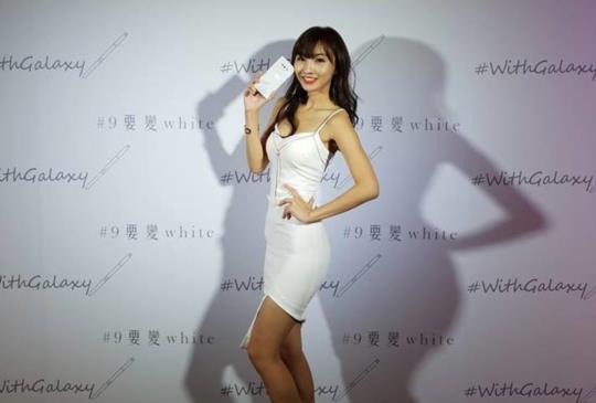 壽司張佳瑩 走秀示範