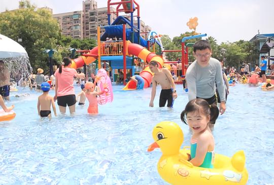 這個夏天非濕不可! 2019台北10個免費玩水景點懶人包