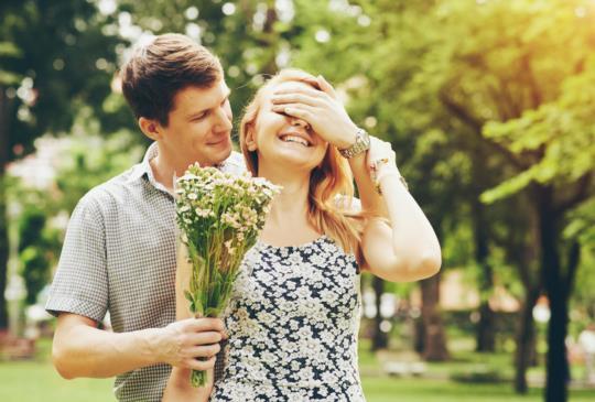 【我們的愛情,上輩子就已種下了根,這輩子注定離不開對方。】