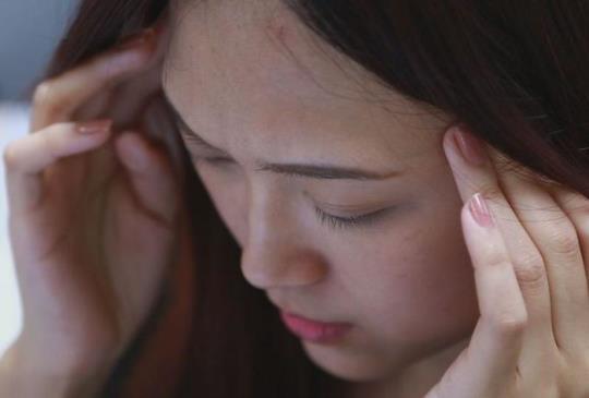 【偏頭痛、耳鳴 原來就是手機電磁波惹的禍】