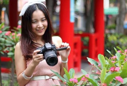 Canon 最新APS-C 機型