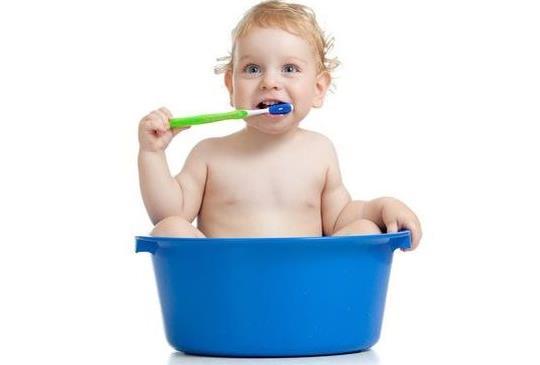 孩子齒歪、營養不良 多是乳牙期清潔不徹底