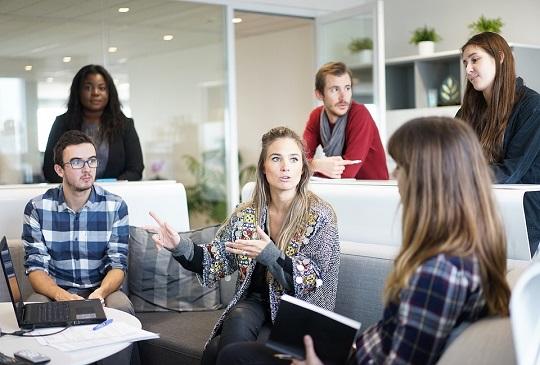 職場溝通小技巧:學會這件事,職場上不委屈!