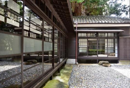 拍攝日式建築-光與影的遊戲