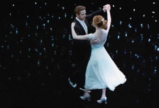 【《La La Land 樂來樂愛你》 - 夢想的美麗,在於它的瘋狂和絢爛 <下>】
