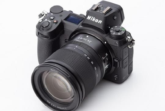 Nikon & Sony 10月都推新機