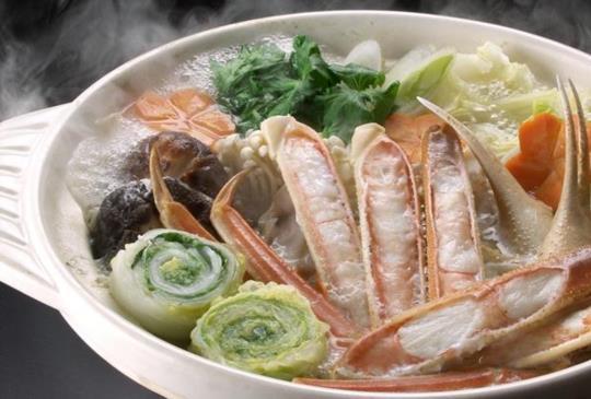 【一副碗筷、甚至是餿掉的食物,這就是獨居老人的新年,他們需要你的幫助】
