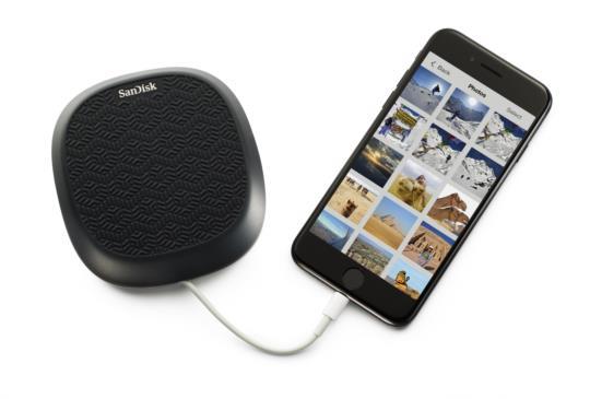 WD 發表 iPhone 專屬好物,充電兼備份 SanDisk iXpand Base 上市