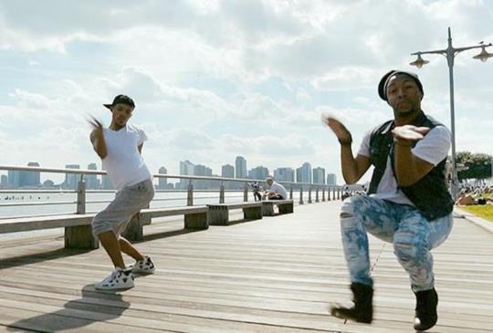 【酷兒影展】《紐約在燃燒》,舞出自我的認同