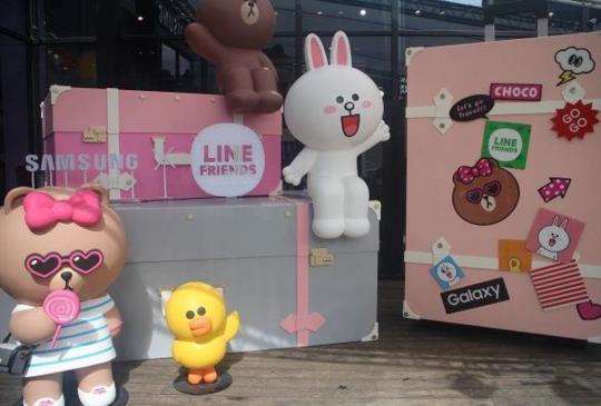 LINE FRIENDS 進駐三星品牌體驗館,再推中華獨家「粉甜星限定組」