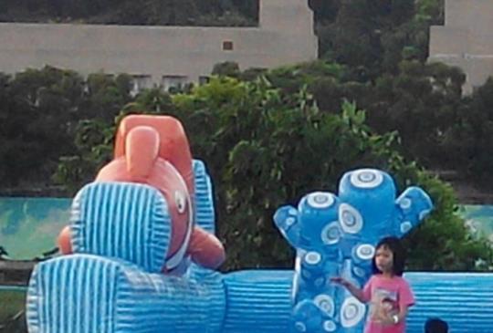 【期間限定!台北免費玩大型水滑梯 假日加碼到晚上八點!】