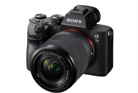 全片幅無反光鏡 Sony α7 III 登場,訴求畫質與速度完美平衡