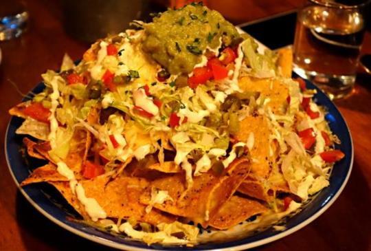 【下班放鬆周末聚會的絕佳異國餐廳選擇,PACHUCO青春墨西哥餐酒館】