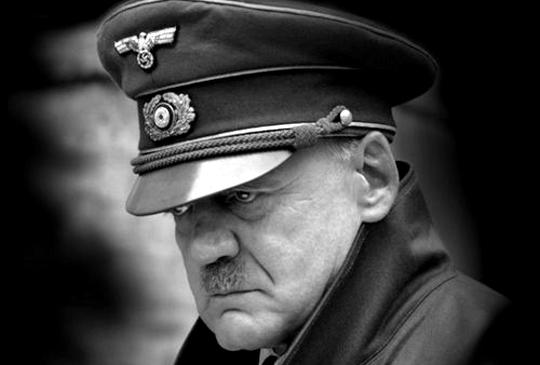 【萬用希特勒】本世紀最受歡迎的Kuso題材 - 帝國毀滅