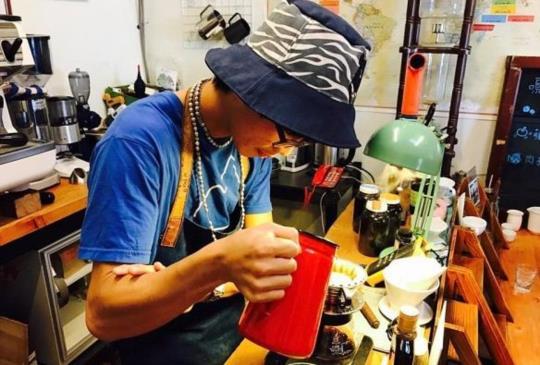 自行烘豆維持咖啡香氣  精選3家手沖咖啡職人咖啡館(上)