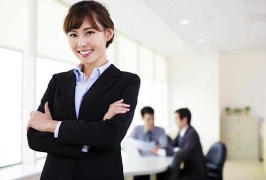 【小資女必知:職場必備一分鐘「拉攏他人」的技術!】