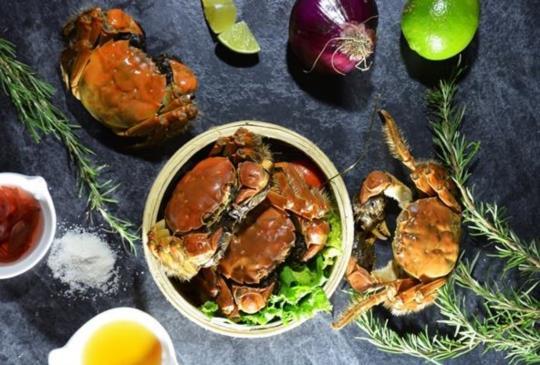 【期間限定‧精選大閘蟹吃到飽餐廳,秋蟹的季節又到囉!】