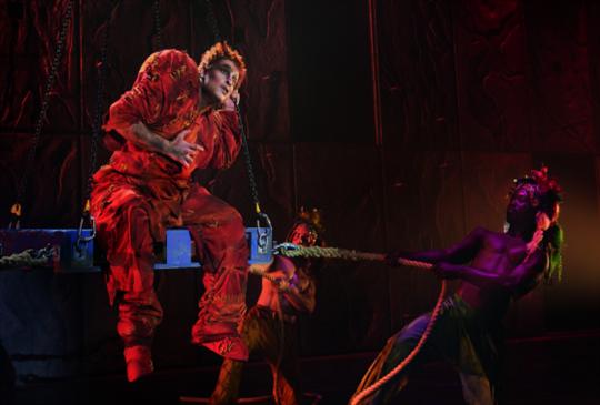 經典法文音樂劇《鐘樓怪人》20周年世界巡演首站在台灣 歐規全景舞台首度搬進台北