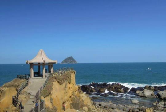 【藍天海潮見奇岩】基隆和平島輕鬆遊