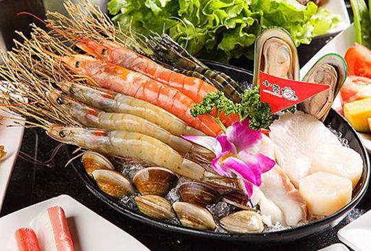 【冬日火鍋優惠懶人包】海底撈、肉多多通通優惠折扣給你! 天冷吃火鍋過個暖冬!