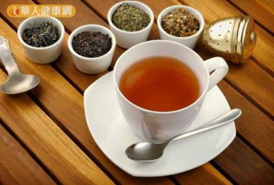 【喝茶可減重 吳明珠推薦這一味消脂茶飲...】
