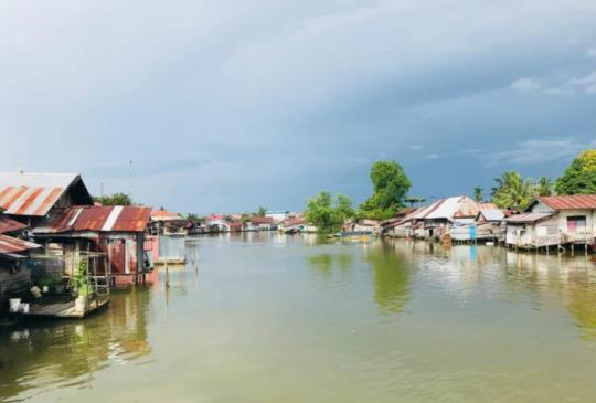 【印尼加里曼丹】馬辰(Banjarmasin)繽紛的水上市場
