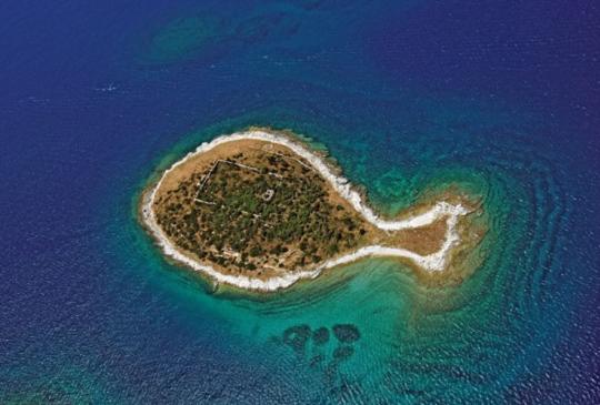 海上奇景!盤點全球8個奇型島嶼,台灣也上榜了!
