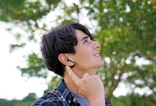 Sony 真無線開放式耳機 Xperia Ear Duo 正式開賣!