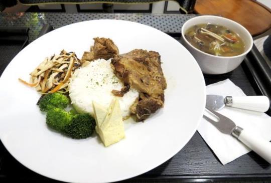 喜歡吃家常菜必吃-成爸居家料理