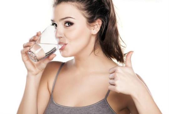 【愛喝水很困難? 小祕訣養成習慣】