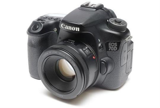 Canon 最新50MM 在台發售啦