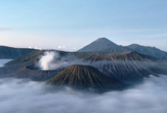 【印尼泗水】高顏值系火山-布羅莫火山(Gunung Bromo)