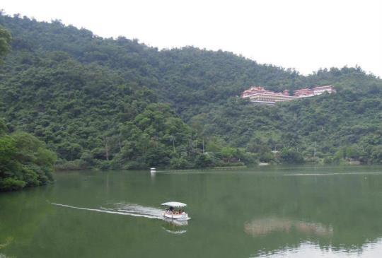 【旅遊之樂何處尋?一點梅花天地心】宜蘭坐擁梅花湖的湖光山色