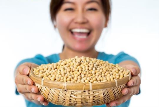 【 這些乳癌病友吃黃豆 有助延長壽命】
