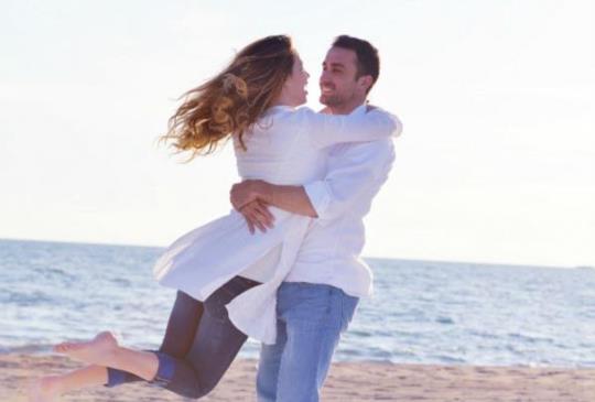 【許常德:愛有賞味期限嗎?偏偏在感情中,很多男人是沒能力說分手的。】