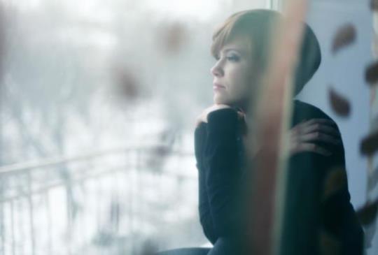 【當愛情讓妳受傷,就盡情好好哭一場。在對的人出現之前, 好好守護你自己。】