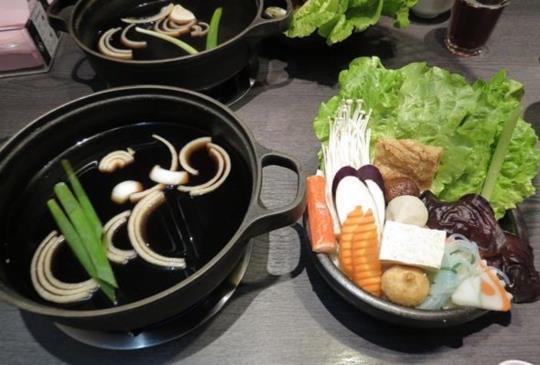 不用出國也能吃到道地日本壽喜燒-【輕井澤鍋物】
