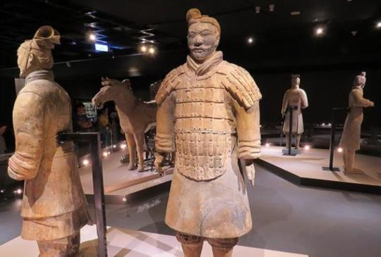 馬背上打天下【故宮特展--秦俑】秦文化與兵馬俑