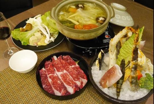 【冬季暖心優質享受:頂級養生帝王蟹海鮮鍋物】