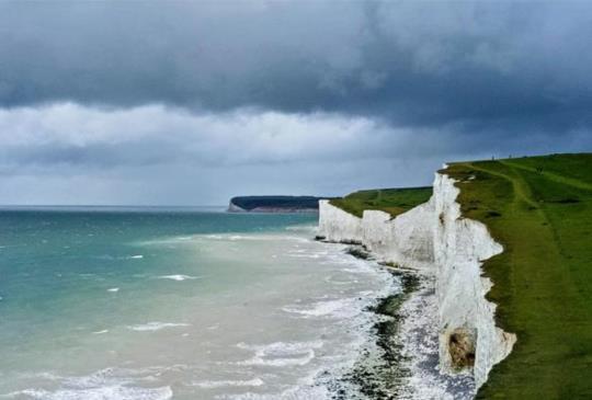 【英國.布萊頓】姊妹岩 – 峭壁上演咆嘯山莊