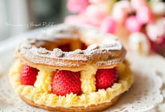 情人節的幸福禮讚──草莓布雷斯特泡芙