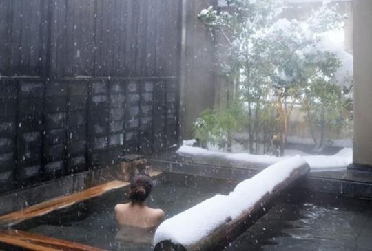 天冷就是要泡湯 石川兩大溫泉旅館怎能錯過