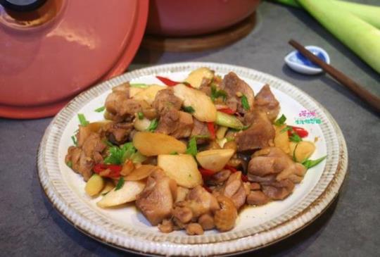 茭白筍燒雞【一鍋煮】~美味好下飯